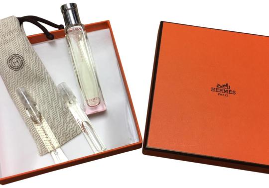 Preload https://img-static.tradesy.com/item/24332315/hermes-new-rose-ikebana-perfume-fragrance-0-3-540-540.jpg