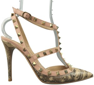 Valentino T-strap Lizard Rockstud Studded Pointed Toe beige Pumps