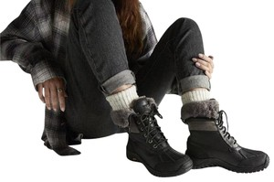 UGG Australia New With Tags Black / Grey Boots