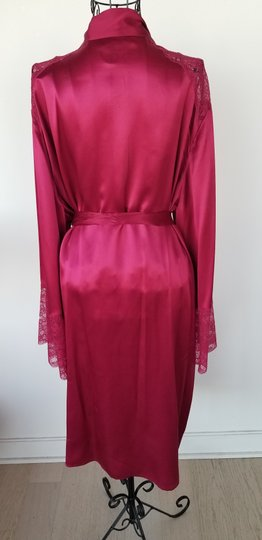 Marks & Spencer Rosie for Autograph WIne Satin and Lace Robe Image 3