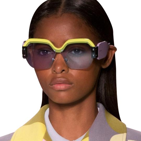 Preload https://img-static.tradesy.com/item/24332689/miu-miu-mu09ss-sobert-mu09-sunglasses-0-5-540-540.jpg