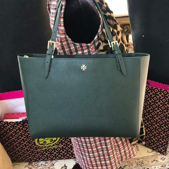 Tory Burch Leather Mother's Day 2pcs Set Gift Tote in Jitney Green Image 5