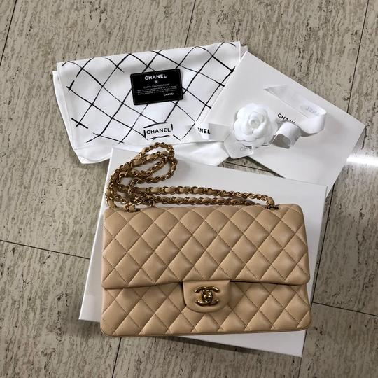 Chanel Chanelclassicbag Classic Flap Classic Flap Classic Classic Flap Medium Shoulder Bag Image 10
