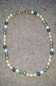 """Mother of Pearl Mix 8mm 18"""" South Sea Multicolor Shell Necklace"""