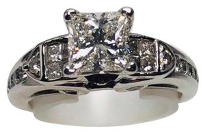Jared 14kt Jared's princess cut engagement ring