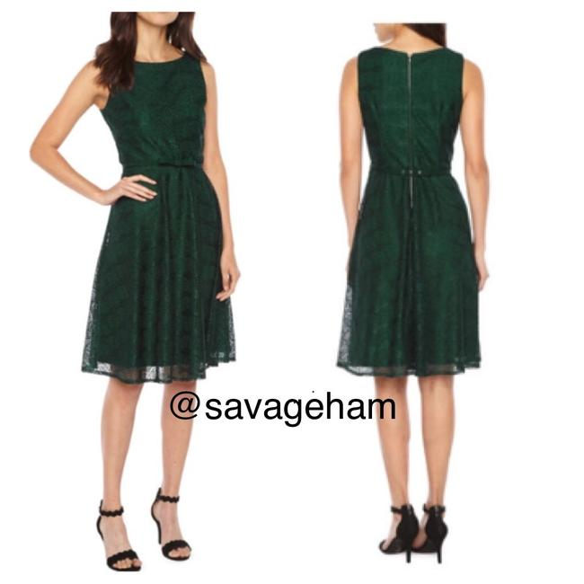 Item - Green Sleeveless Lace Fit Flare Mid-length Cocktail Dress Size 4 (S)