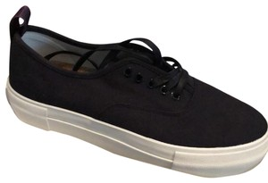 EYTYS Black with white Athletic