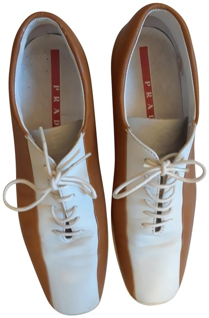 Item - Light Brown and White Sneakers Size EU 38 (Approx. US 8) Regular (M, B)