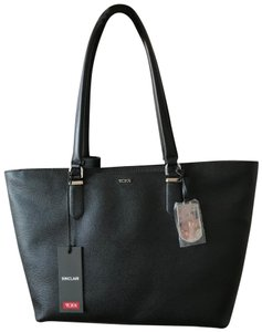 Tumi Leather Silver Work-style Laptop Tote in Black