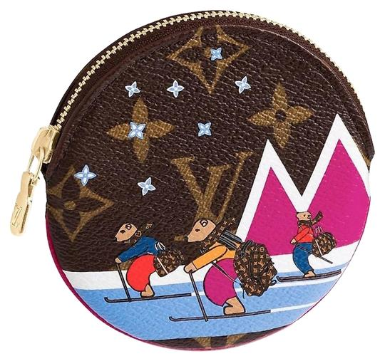 Preload https://img-static.tradesy.com/item/24337480/louis-vuitton-monogram-porte-monnaie-rond-zippy-coin-purse-xmas-round-0-1-540-540.jpg