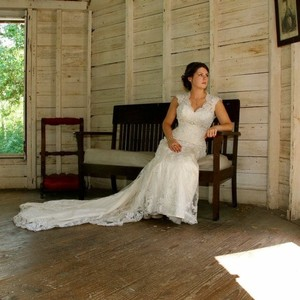 Maggie Sottero Ivory Lace Tulle Satin Gown Vintage Wedding Dress Size 4 (S)