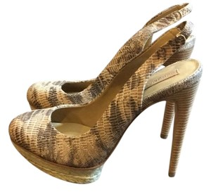 BCBGMAXAZRIA tan,brown,and cream Pumps