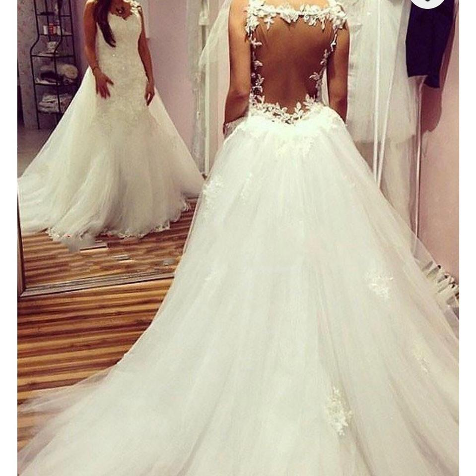 White Tulle Ballgown Sleeveless Sweetheart Chapel Train Traditional