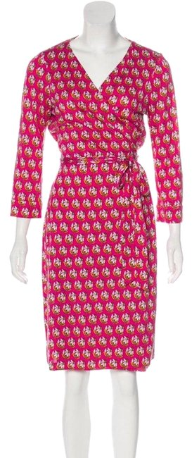 Preload https://img-static.tradesy.com/item/24341854/diane-von-furstenberg-pinkfloral-new-julian-two-silk-mid-length-cocktail-dress-size-10-m-0-1-650-650.jpg