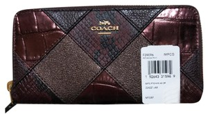 Coach COACH ACCORDION ZIP WALLET WITH SNAKE EMBOSSED PATCHWORK 39096 NWT