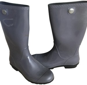 8389f4b201a Grey UGG Australia Boots & Booties - Up to 90% off at Tradesy