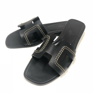 0e7bfbe2483a Black Hermès Sandals - Up to 90% off at Tradesy