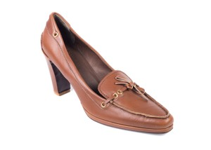 The Original Car Shoe Prada Suede Cognac Brown Pumps
