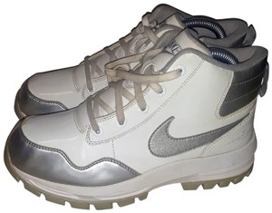 Nike Winter Ankle White/Silver Boots