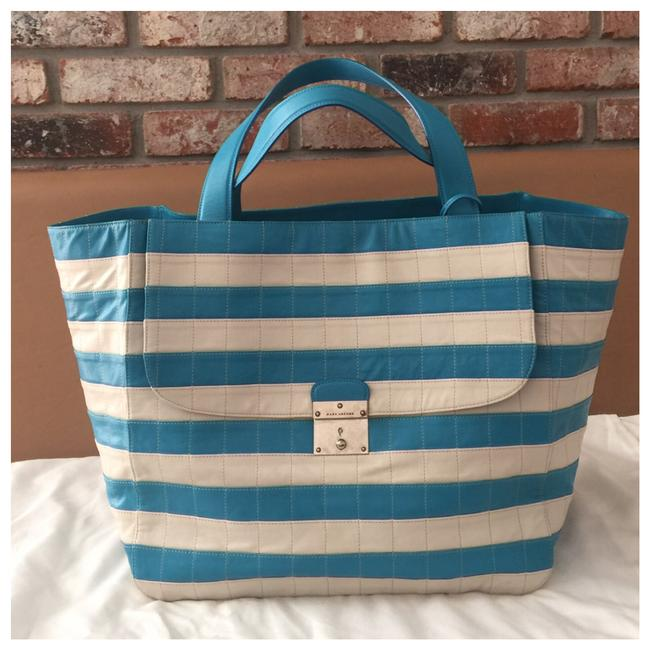 Item - Genuine Weekend Toe .retail Price Tax White and Blue Leather Tote