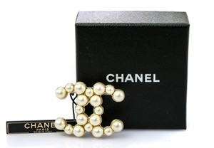 Chanel CC Faux White Pearls Brooch Pin