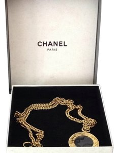 Chanel Chanel Loupe