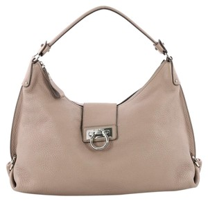 c924e4ac4e Salvatore Ferragamo Fanisa Medium Pale Pink Leather Hobo Bag - Tradesy