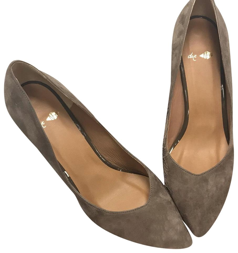 Taupe Suede Heels Pumps Size US 7 Regular (M, B)