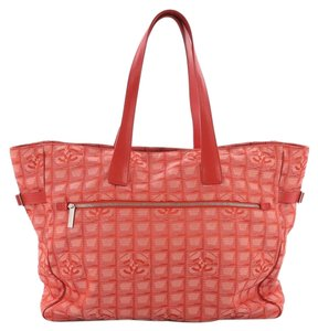 6cf52410b824 Red Chanel Bags - Up to 90% off at Tradesy