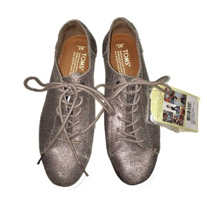 TOMS Pewter Athletic