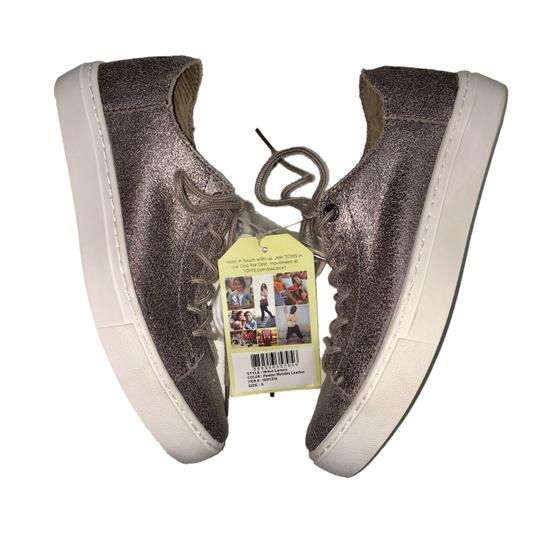TOMS Pewter Athletic Image 1