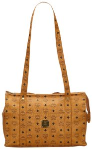MCM 8imcto002 Tote in Brown