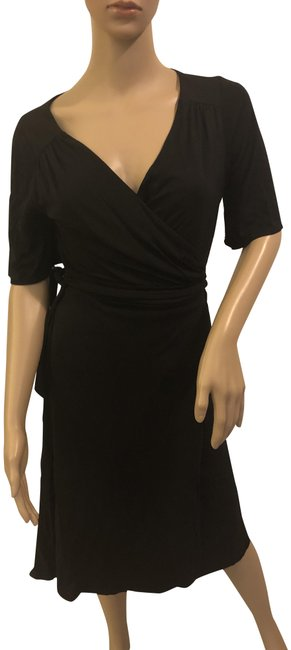Preload https://img-static.tradesy.com/item/24348201/ann-taylor-loft-black-wrap-mid-length-workoffice-dress-size-4-s-0-1-650-650.jpg