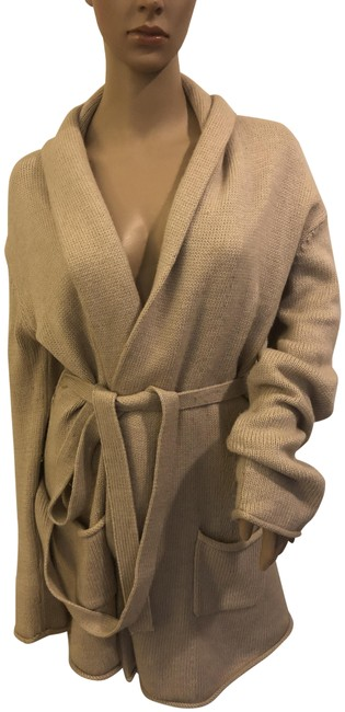 Preload https://img-static.tradesy.com/item/24348260/bcbgmaxazria-angora-cardigan-sweaterjacket-size-medium-tan-sweater-0-1-650-650.jpg