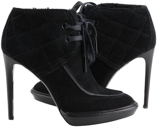 Preload https://img-static.tradesy.com/item/24348269/burberry-black-prorsum-quilted-suede-fur-ankle-bootsbooties-size-us-8-regular-m-b-0-1-540-540.jpg