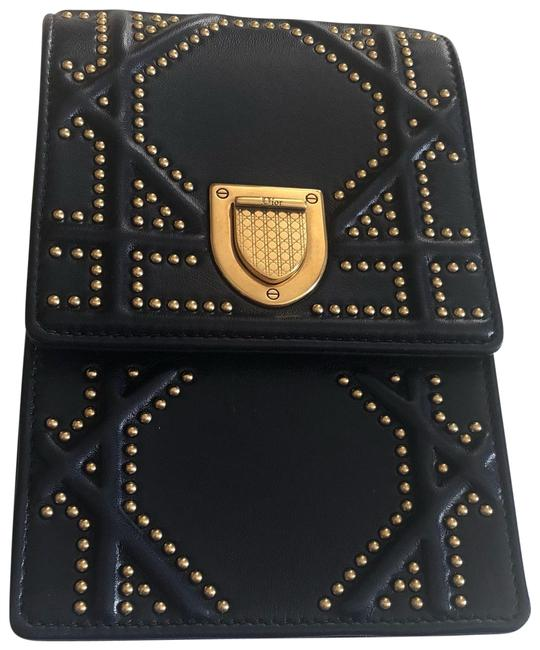 Item - Clutch ama Navy Blue and Gold Lambskin Leather Cross Body Bag