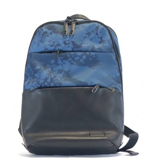 Preload https://img-static.tradesy.com/item/24348594/tumi-unisex-elwood-leather-blue-polyester-backpack-0-0-540-540.jpg