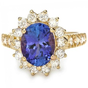 Other 3.85 Carats NATURAL TANZANITE and DIAMOND 14K Yellow Gold Ring