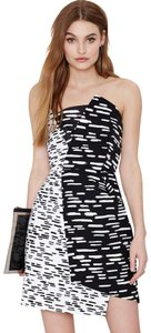 C/meo Collective Strapless Asymmetrical Geometric Print Sheath Dress