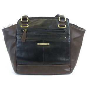 Stone Mountain Accessories Satchel in Black