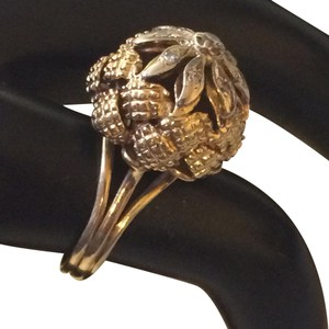 Others 18k gold diamond ring