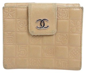 Chanel CHANEL Bifold Wallet Lambskin Leather CC logo icons style