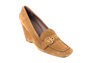 The Original Car Shoe Tan Pumps