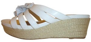 Solesenseability Nwb Slip-in Platform Wedge White and Tan Mules