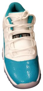 Air Jordan turquoise and white Athletic