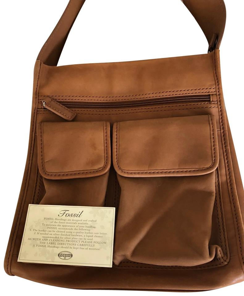 2c45b7811245 Fossil Nwot Vintage Collection Camel Leather Messenger Bag - Tradesy