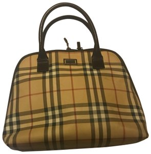 5e2b8a3a46ef Burberry Plaid - Up to 70% off at Tradesy (Page 11)