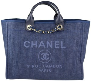 Chanel 19c 19c Deauville 19c Deauville Tote in Blue