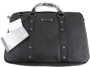 f286dadc4601 Kenneth Cole Messenger Bags - Up to 90% off at Tradesy