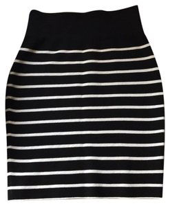 Magaschoni Skirt black and silver stripe